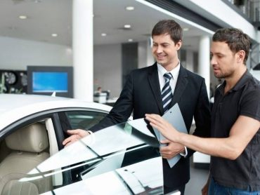 The 4 Common Mistakes Which You Should Avoid While Buying A Luxury Car!