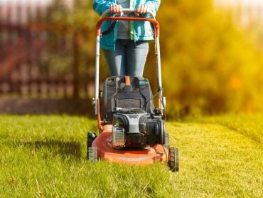 Five Mistakes to Avoid when Mowing your Lawn