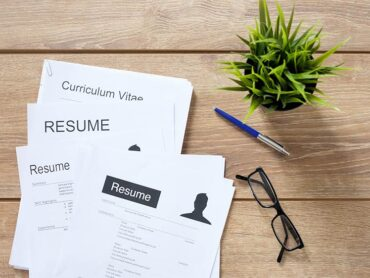 What Should A Resume Look Like? How To Write It